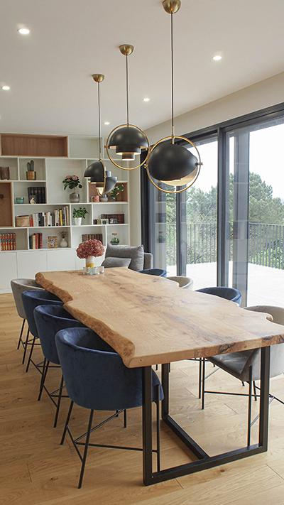 grande table bois massif 10 personnes fabrication française - Salvateur