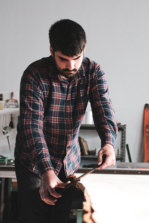 atelier-tarn-Toulouse-design-meubles-table-live-edge-Salvateur