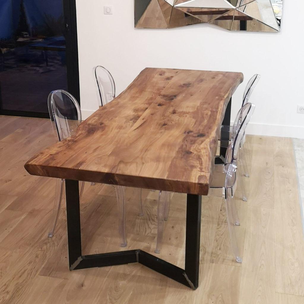 essence-bois-table-live-edge-sur-mesure-Salvateur-Orme-5