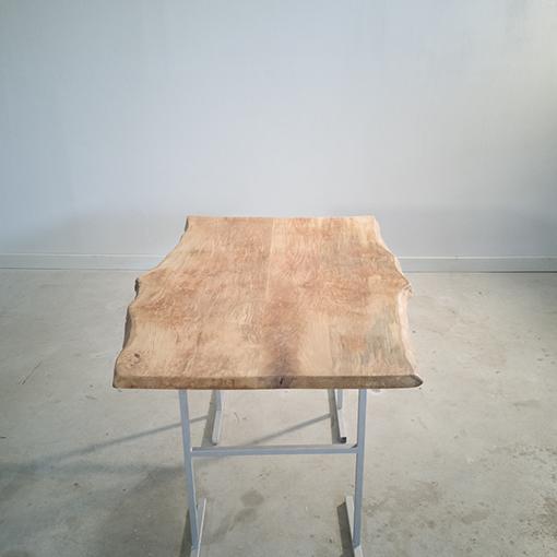 essence-de-bois-table-sur-mesure-live-edge-Salvateur-platane-2
